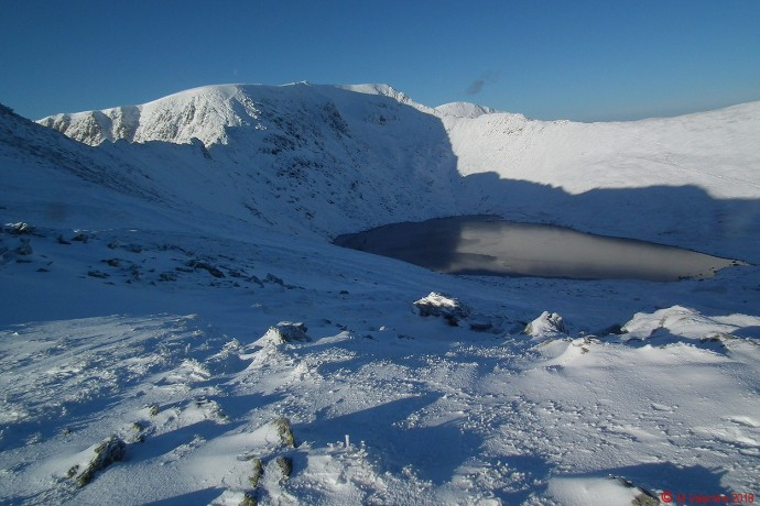 Red Tarn comes into view.
