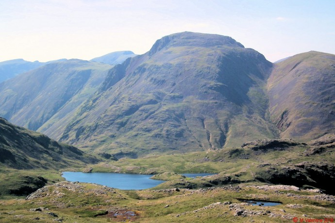 Great Gable from ridgeline approach to Allen Crags