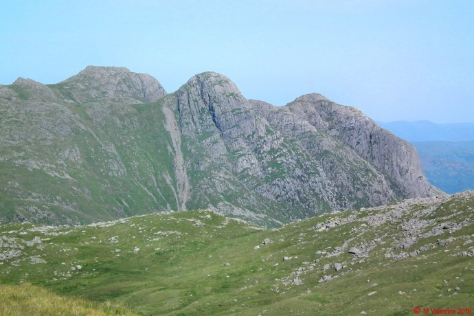 Langdale Pikes from Tongue Head.
