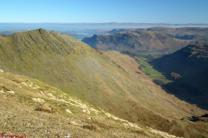 Grisedale valley from the ridge towards Nethermost Pike.