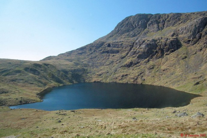 Angle Tarn and the crags of Hanging Knotts.