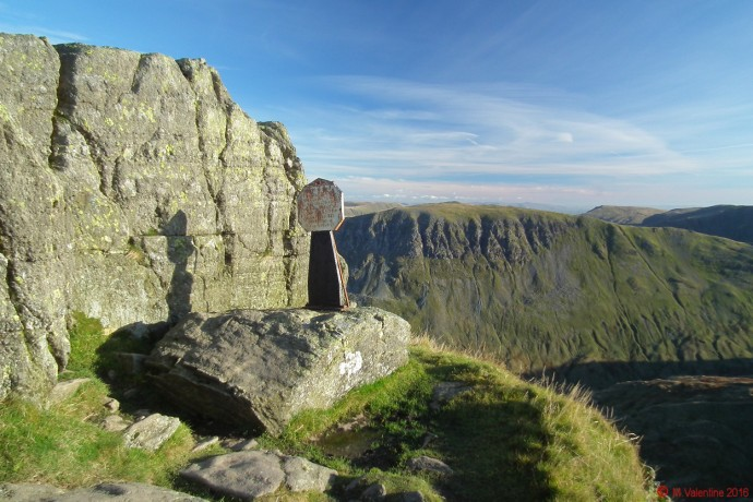 The Dixon Memorial on Striding Edge.